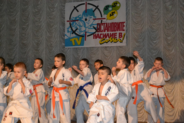 дети-против-насилия-в-сми6