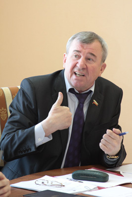 В.Лучкин